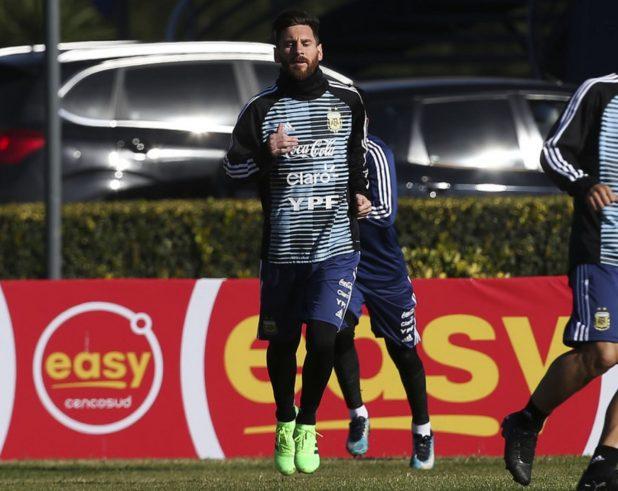 Messi Training in new Nemeziz boots